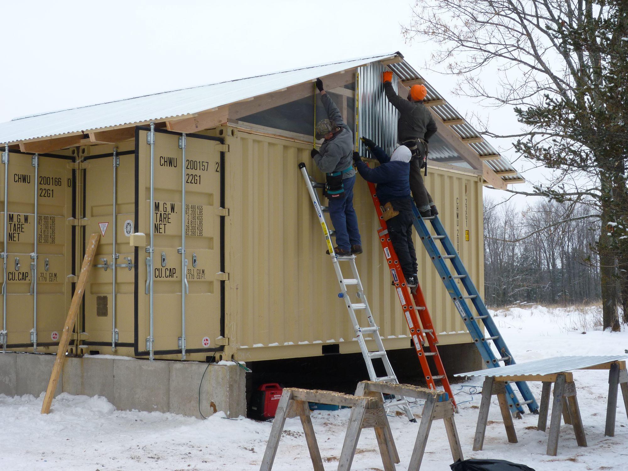 Raising the roof tin can cabin - Como hacer un plano de una casa ...